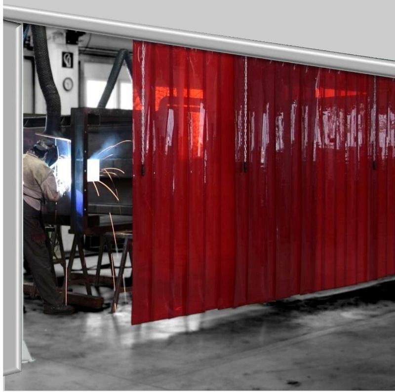 Rèm nhựa PVC màu đỏ trong được ứng dụng ngăn tia lửa hàn