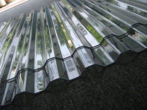 Lý do nên sử dụng tôn nhựa lấy sáng trong nông nghiệp